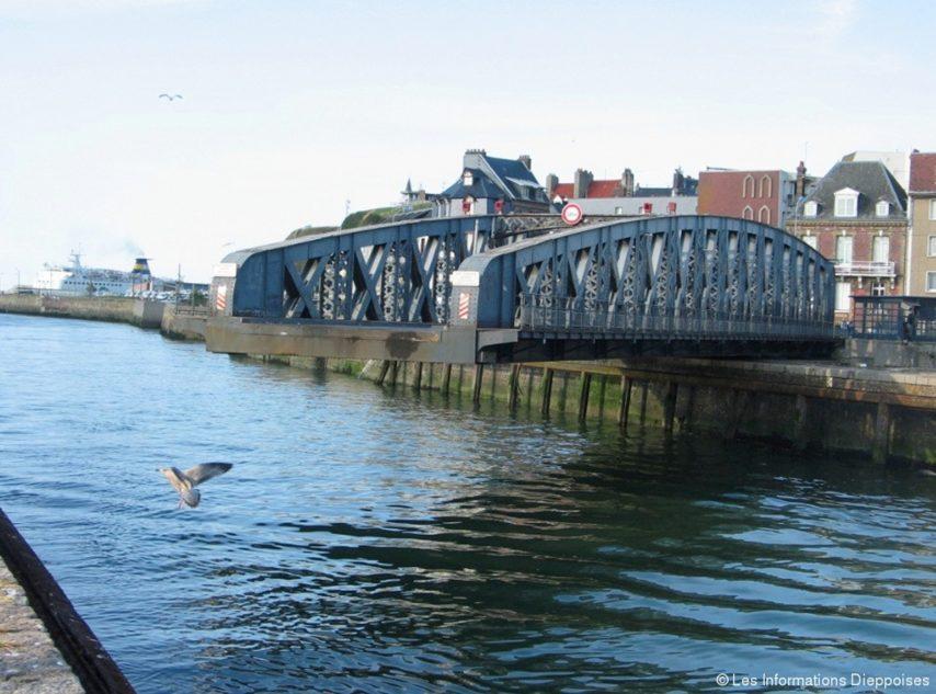Pont colbert 854x633 1